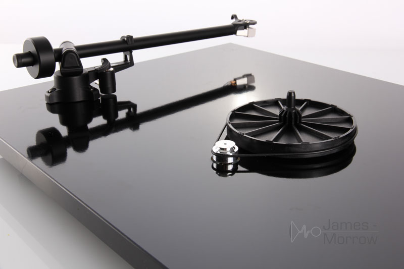 Rega Planar 1 Black Back Product