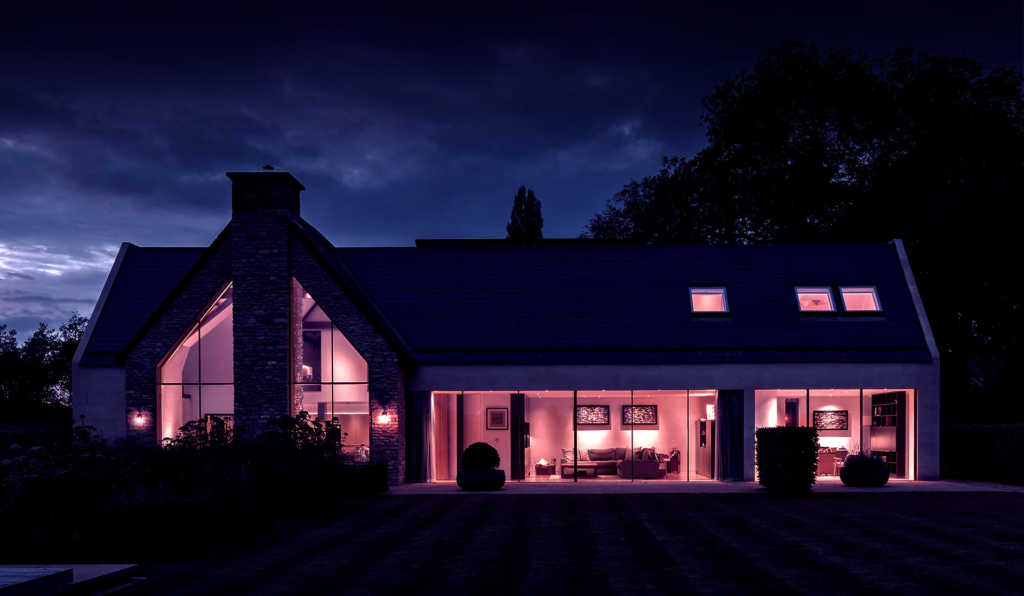 Low-lit house exterior header image